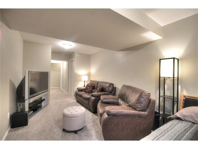 Photo 28: Photos: 79 EVERSYDE Point(e) SW in Calgary: Evergreen House for sale : MLS®# C4058622