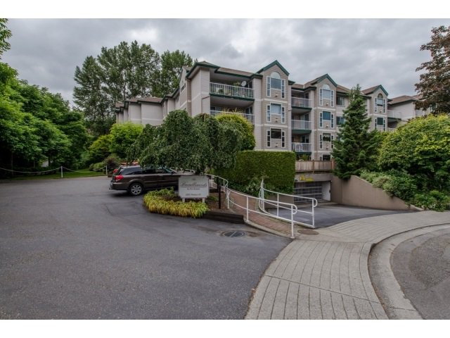 """Main Photo: 202 2963 NELSON Place in Abbotsford: Central Abbotsford Condo for sale in """"Bramblewoods"""" : MLS®# R2071710"""