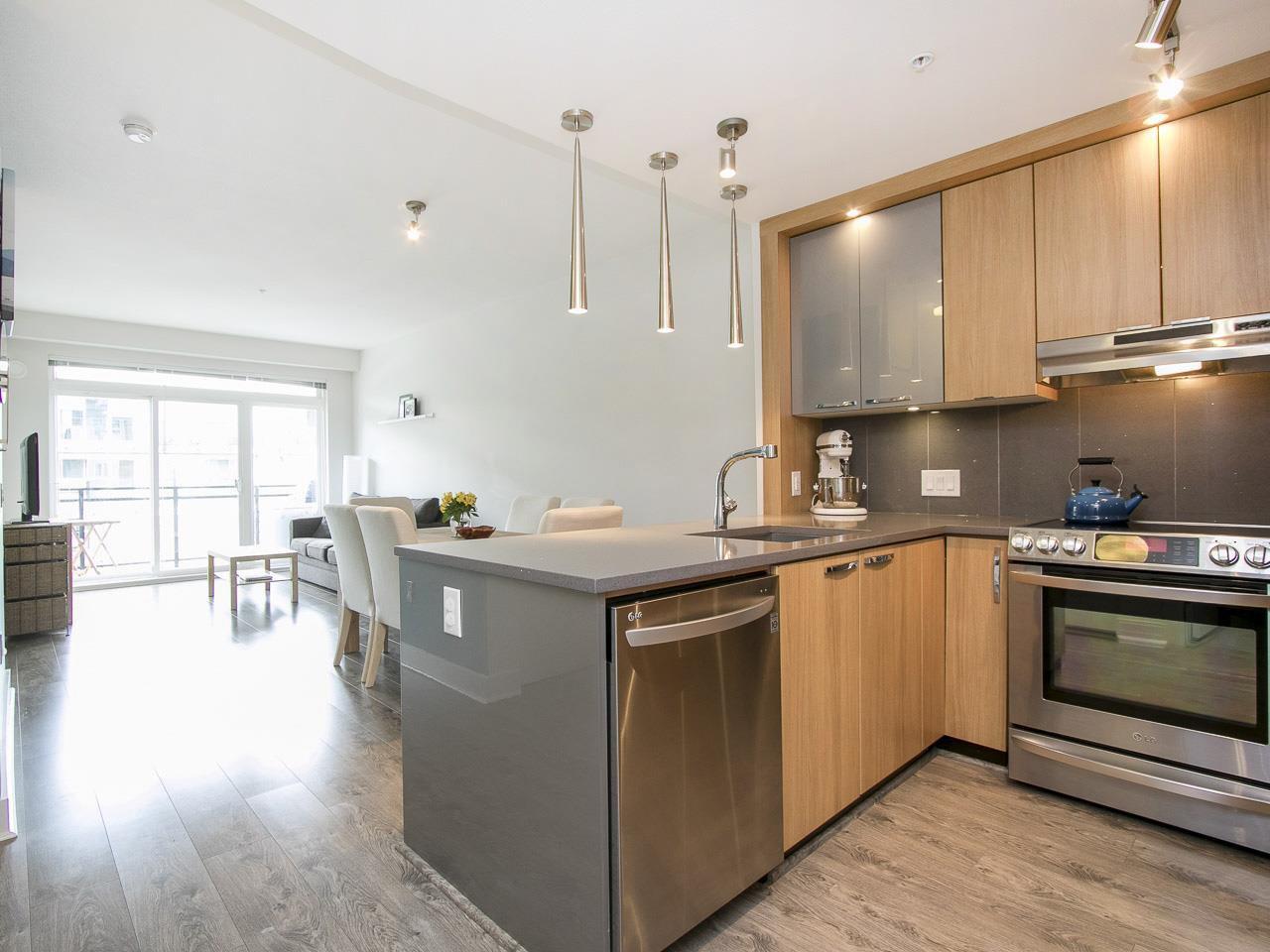 """Main Photo: 303 733 W 14TH Street in North Vancouver: Hamilton Condo for sale in """"REMIX"""" : MLS®# R2079338"""