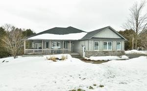 Main Photo: 20 Mount Haven Crescent in East Luther Grand Valley: Grand Valley House (Bungalow) for sale : MLS®# X3711592