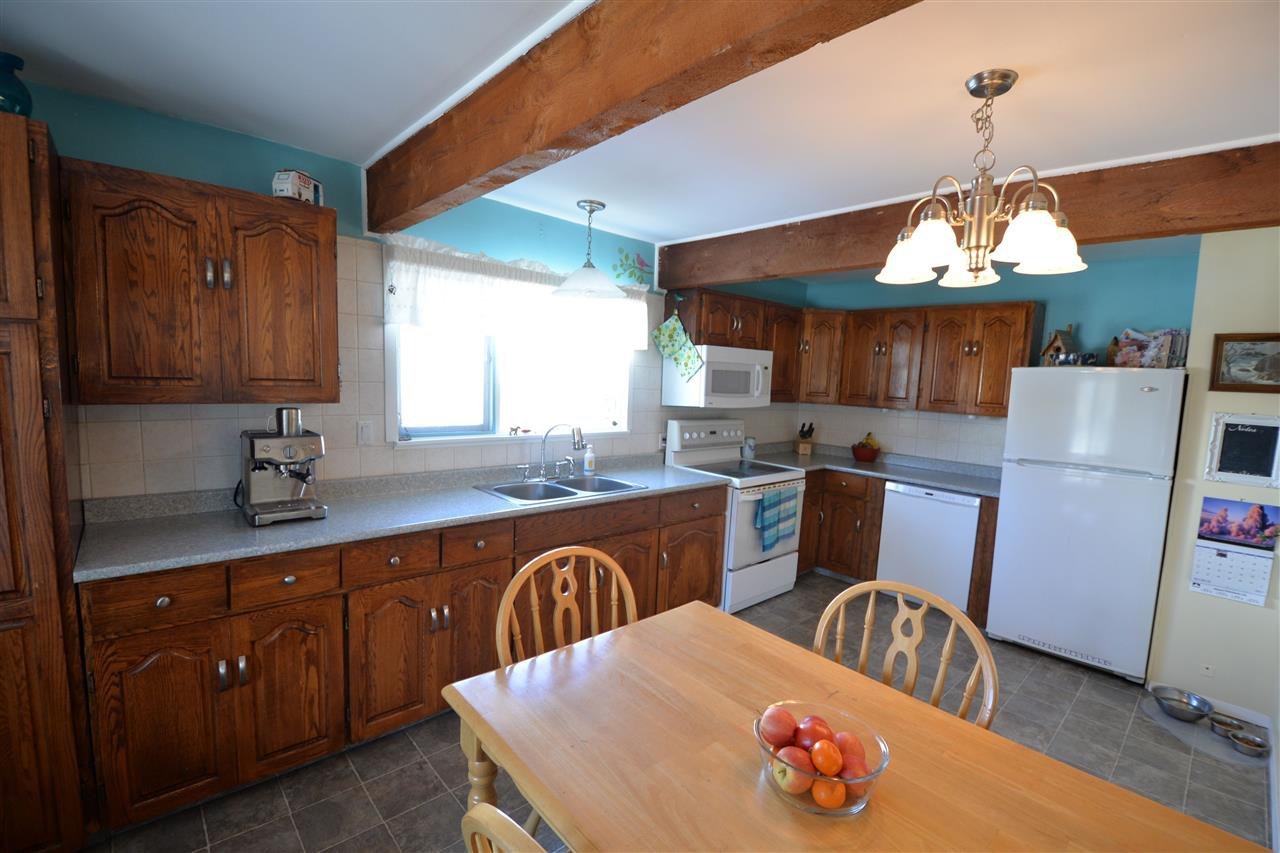Photo 4: Photos: 4168 CARSON Street in Prince George: Mount Alder House for sale (PG City North (Zone 73))  : MLS®# R2148356