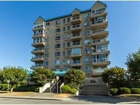 """Main Photo: 402 45745 PRINCESS Avenue in Chilliwack: Chilliwack W Young-Well Condo for sale in """"Princess Towers"""" : MLS®# R2149543"""