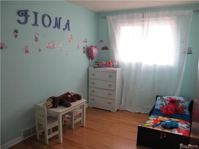 Photo 14: Photos:  in Winnipeg: East Kildonan Residential for sale (3D)  : MLS®# 1715827