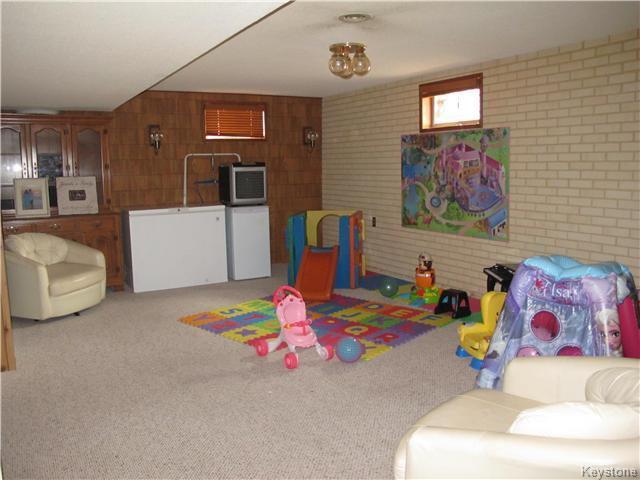 Photo 18: Photos:  in Winnipeg: East Kildonan Residential for sale (3D)  : MLS®# 1715827