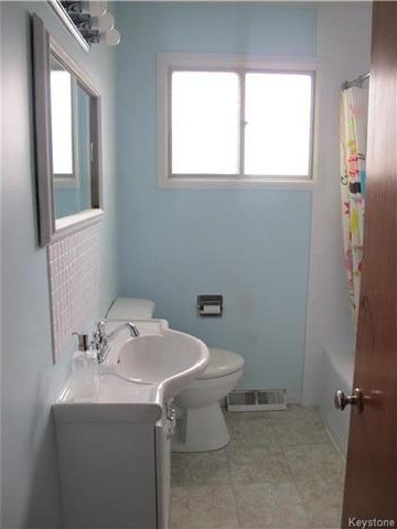Photo 16: Photos:  in Winnipeg: East Kildonan Residential for sale (3D)  : MLS®# 1715827