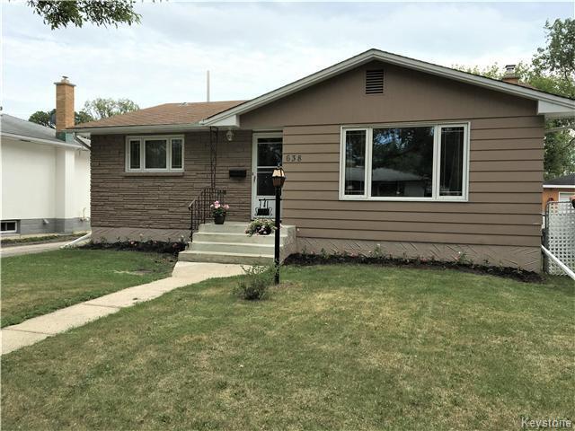 Photo 2: Photos:  in Winnipeg: East Kildonan Residential for sale (3D)  : MLS®# 1715827