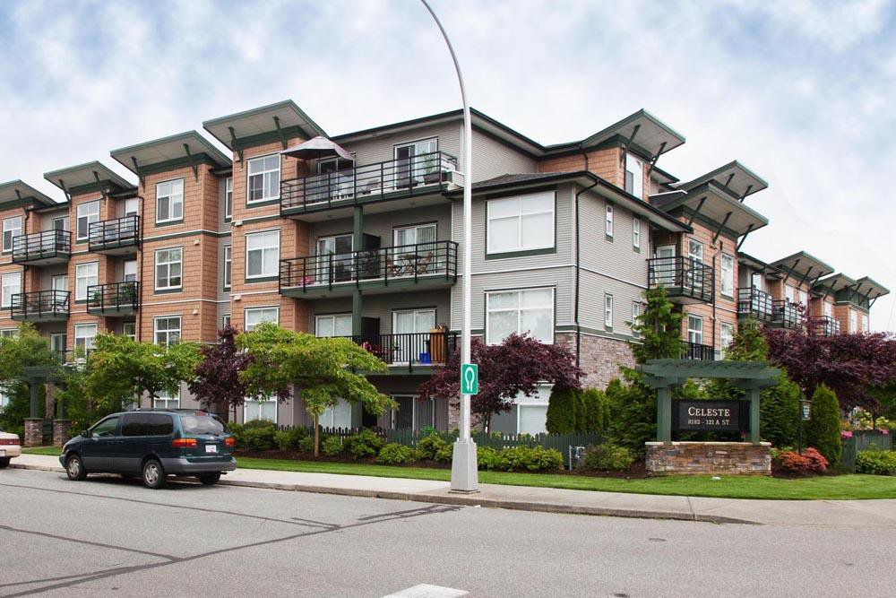 Main Photo: 403 8183 121A Street in Surrey: Queen Mary Park Surrey Condo for sale : MLS®# R2205156