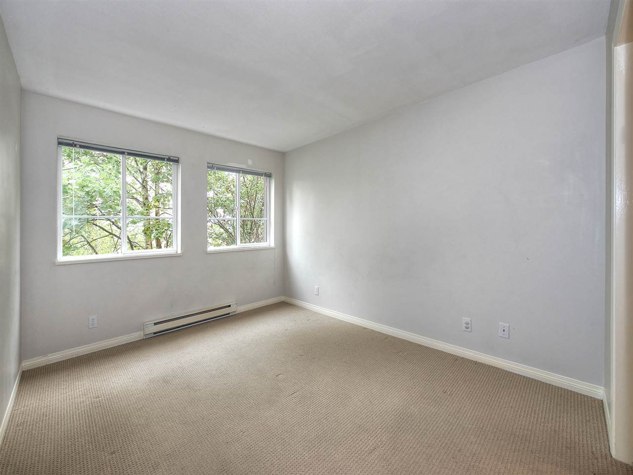 Photo 11: Photos: 203 4768 53 STREET in Delta: Delta Manor Condo for sale (Ladner)  : MLS®# R2202745