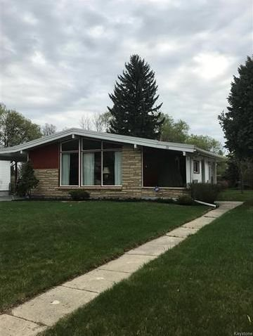 Main Photo: 31 Byron Bay in Winnipeg: Residential for sale (5G)  : MLS®# 1812426