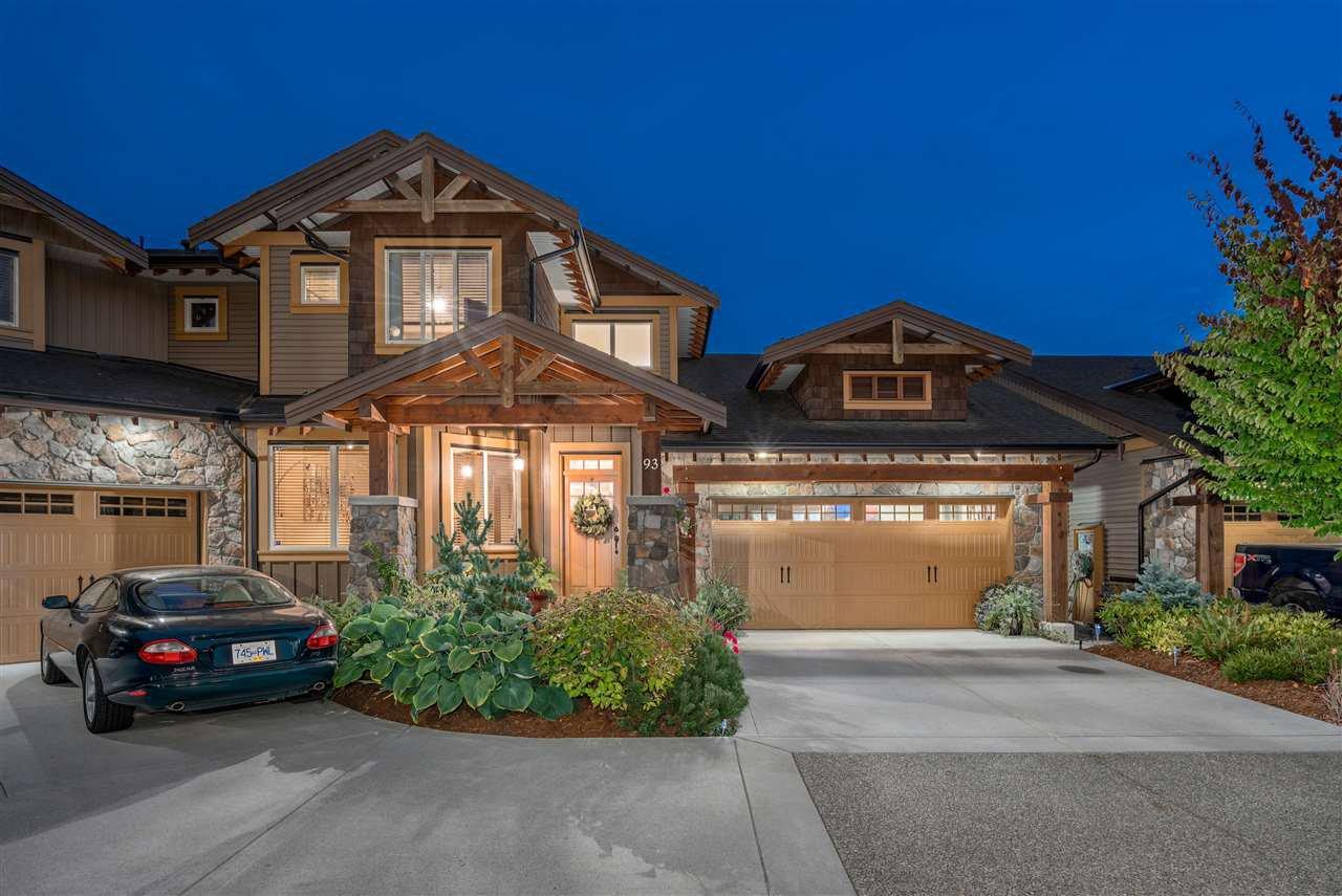"Main Photo: 93 24185 106B Avenue in Maple Ridge: Albion Townhouse for sale in ""TRAILS EDGE"" : MLS®# R2300266"