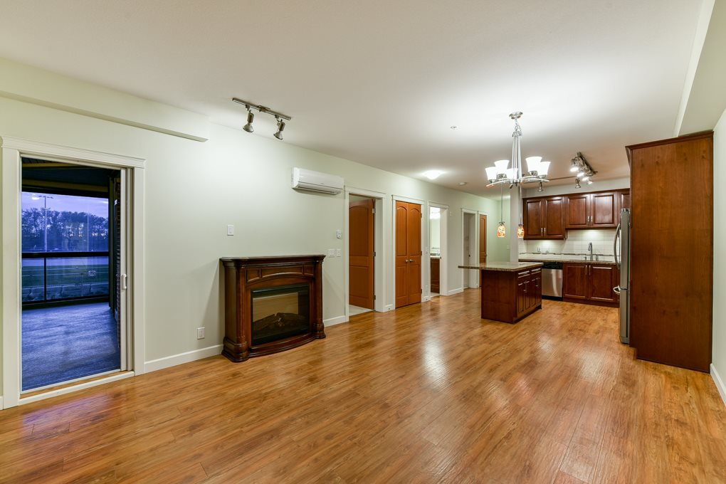 """Photo 17: Photos: 237 8288 207A Street in Langley: Willoughby Heights Condo for sale in """"YORKSON CREED WALNUT RIDGE 2"""" : MLS®# R2321230"""