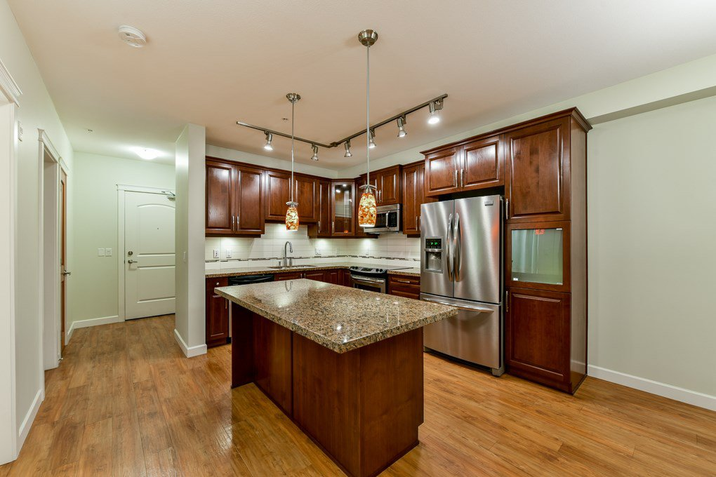 """Photo 13: Photos: 237 8288 207A Street in Langley: Willoughby Heights Condo for sale in """"YORKSON CREED WALNUT RIDGE 2"""" : MLS®# R2321230"""
