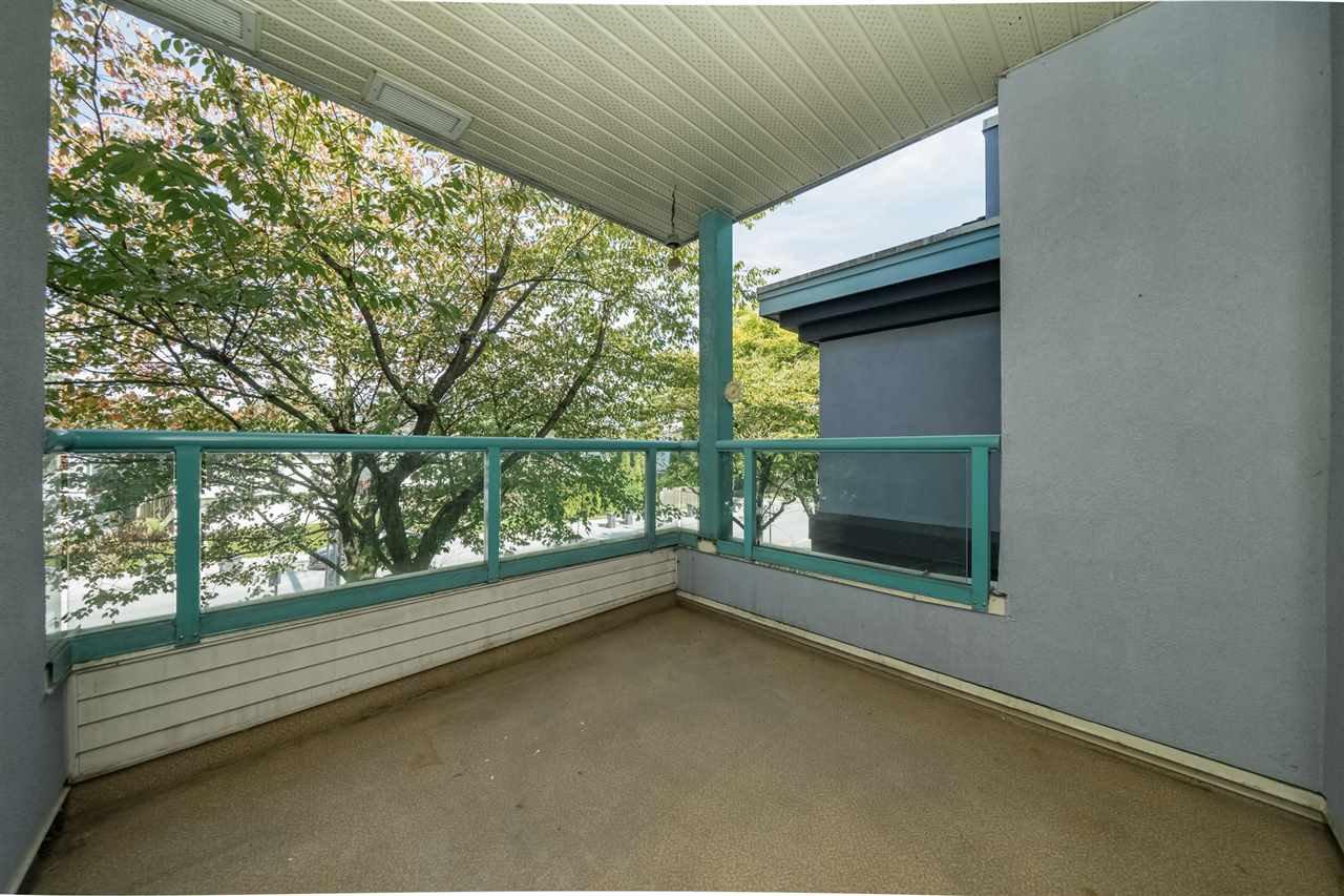 """Photo 16: Photos: 212 1966 COQUITLAM Avenue in Port Coquitlam: Glenwood PQ Condo for sale in """"PORTICA WEST"""" : MLS®# R2321625"""