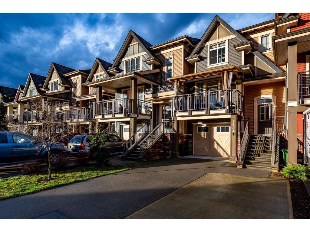Main Photo: 5554 CHINOOK Street in Sardis: Vedder S Watson-Promontory Condo for sale : MLS®# R2426627