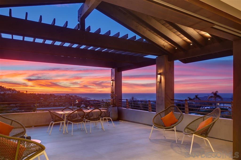 Main Photo: LA JOLLA House for sale : 6 bedrooms : 7857 Esterel Dr.