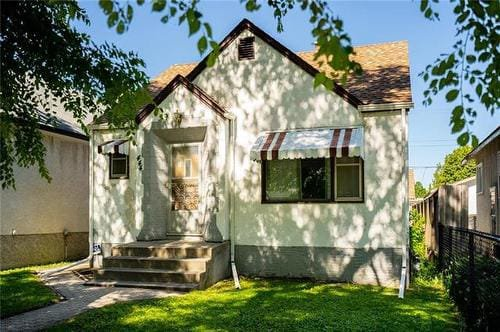 Main Photo: 444 Seymour Street in Winnipeg: Single Family Detached for sale : MLS®# 202016630