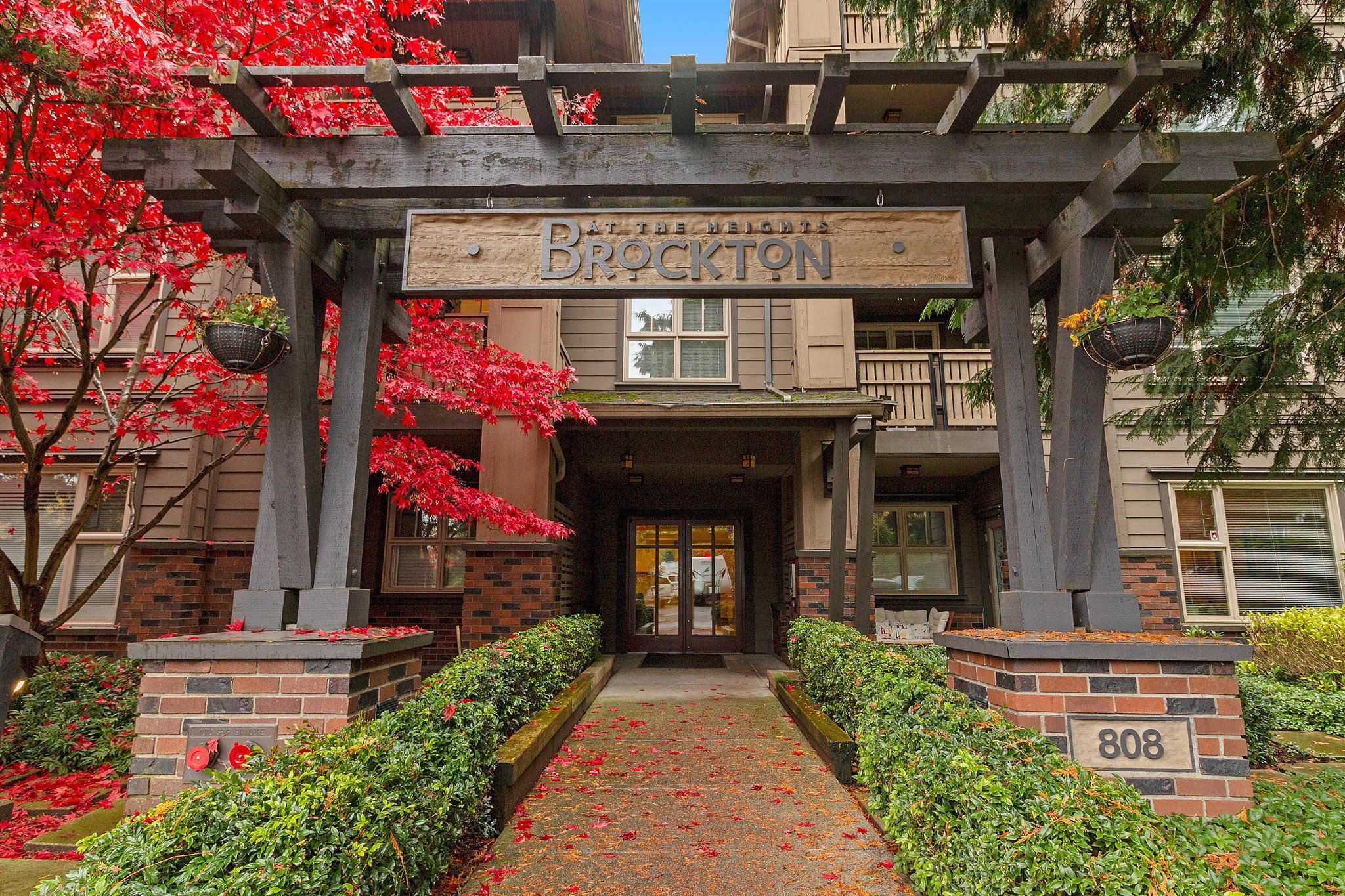 "Main Photo: 402 808 SANGSTER Place in New Westminster: The Heights NW Condo for sale in ""THE BROCKTON"" : MLS®# R2517953"