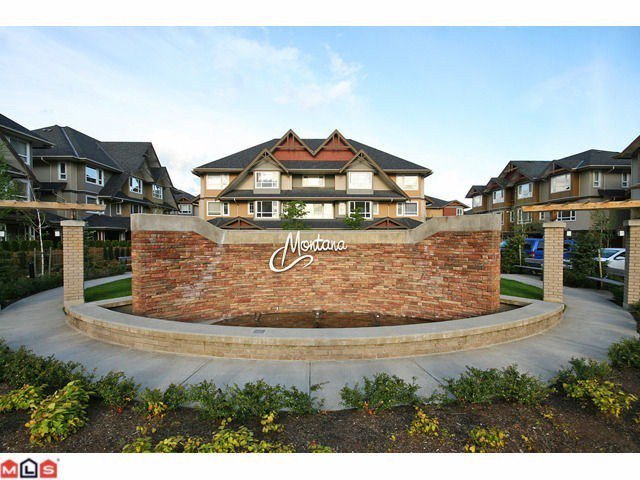 "Main Photo: 29 7088 191ST Street in Surrey: Clayton Townhouse for sale in ""MONTANA"" (Cloverdale)  : MLS®# F1106752"