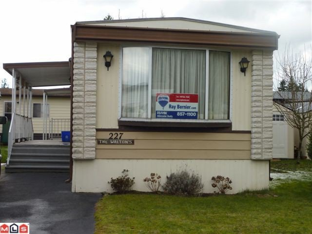 Main Photo: 227 3665 244 Street in Langley: Otter District House for sale : MLS®# F1104884