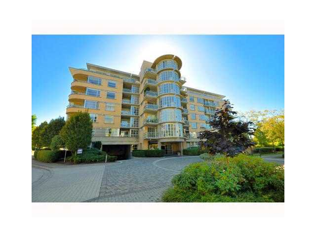 Main Photo: 305 2655 CRANBERRY Drive in Vancouver: Kitsilano Condo for sale (Vancouver West)  : MLS®# V989703