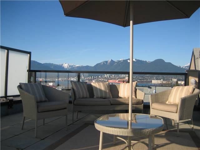 Main Photo: PH12 - 2150 East Hastings Street in Vancouver: Hastings Condo for sale (Vancouver East)  : MLS®# V930309