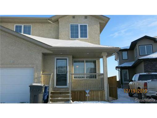 Main Photo: 112 Meadowlark Park: Warman Semi-Detached for sale (Saskatoon NW)  : MLS®# 486899