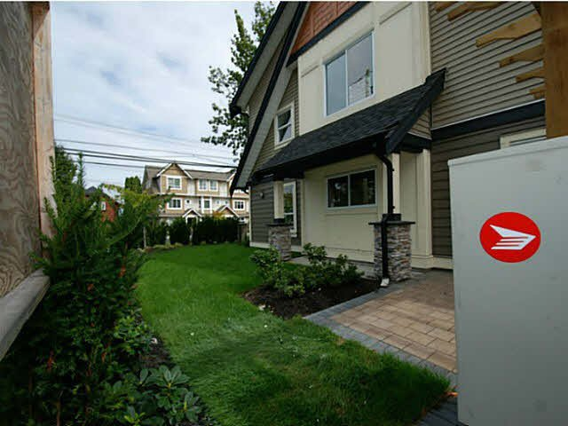 Photo 13: Photos: 1 7028 ASH Street in Richmond: South Arm Townhouse for sale : MLS®# V1063516