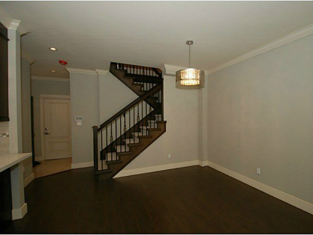 Photo 11: Photos: 1 7028 ASH Street in Richmond: South Arm Townhouse for sale : MLS®# V1063516