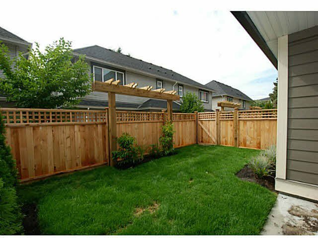 Photo 12: Photos: 1 7028 ASH Street in Richmond: South Arm Townhouse for sale : MLS®# V1063516