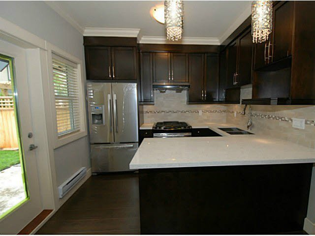 Photo 7: Photos: 1 7028 ASH Street in Richmond: South Arm Townhouse for sale : MLS®# V1063516