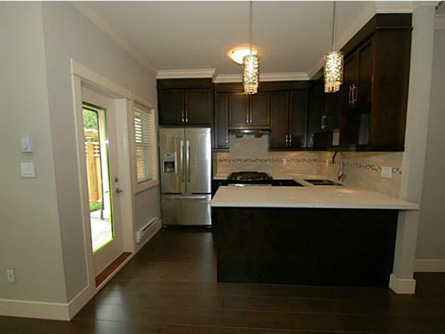 Photo 6: Photos: 1 7028 ASH Street in Richmond: South Arm Townhouse for sale : MLS®# V1063516