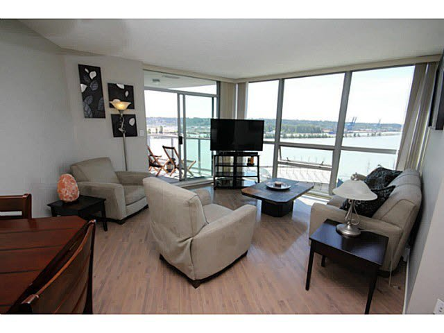 "Main Photo: 1209 14 BEGBIE Street in New Westminster: Quay Condo for sale in ""Inter Urban"" : MLS®# V1070124"