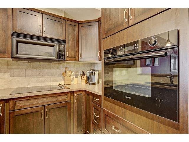 Photo 5: Photos: 208 60 ROYAL OAK Plaza NW in Calgary: Royal Oak Condo for sale : MLS®# C4033173