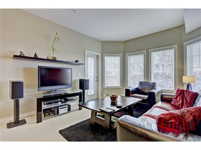 Photo 10: Photos: 208 60 ROYAL OAK Plaza NW in Calgary: Royal Oak Condo for sale : MLS®# C4033173