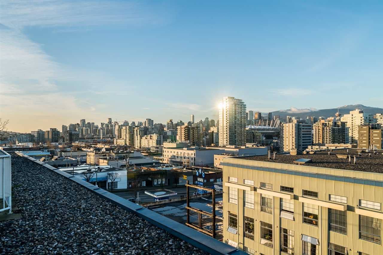 """Photo 18: Photos: 509 228 E 4TH Avenue in Vancouver: Mount Pleasant VE Condo for sale in """"THE WATERSHED"""" (Vancouver East)  : MLS®# R2025819"""