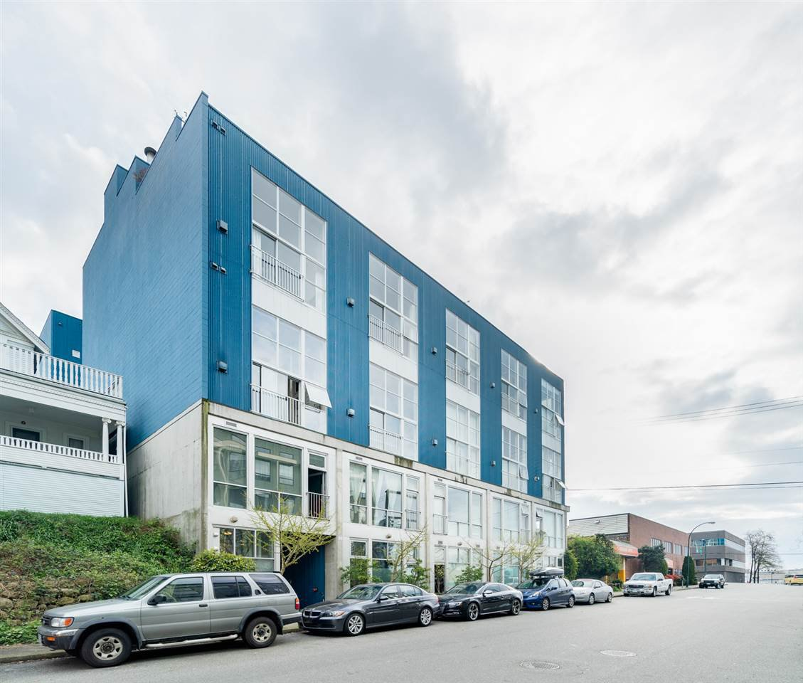 """Photo 1: Photos: 509 228 E 4TH Avenue in Vancouver: Mount Pleasant VE Condo for sale in """"THE WATERSHED"""" (Vancouver East)  : MLS®# R2025819"""