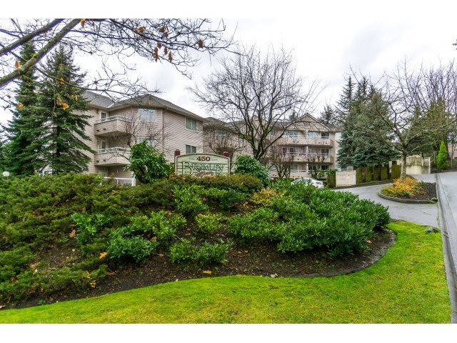 "Main Photo: 215 450 BROMLEY Street in Coquitlam: Coquitlam East Condo for sale in ""BROMLEY MANOR"" : MLS®# R2030083"