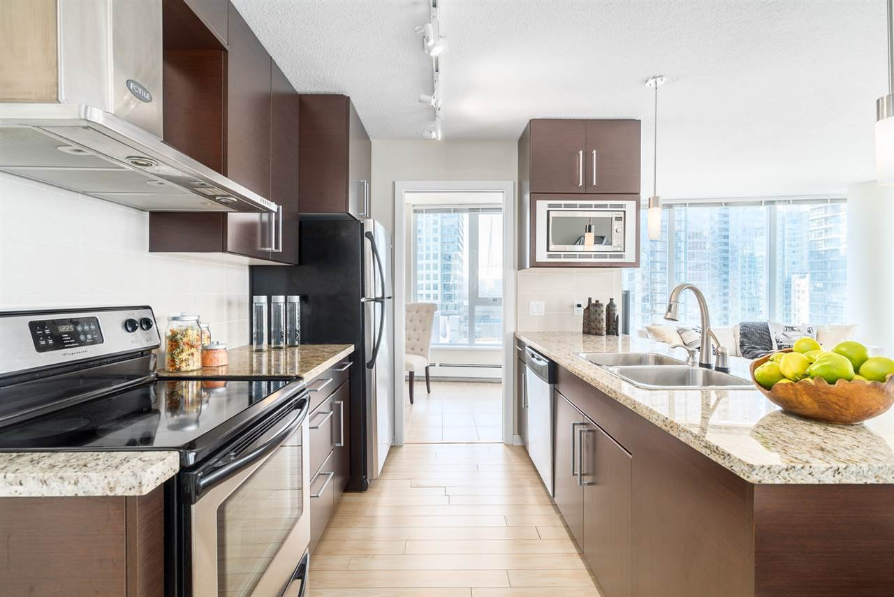 Main Photo: 1708 689 ABBOTT Street in Vancouver: Downtown VW Condo for sale (Vancouver West)  : MLS®# R2060973