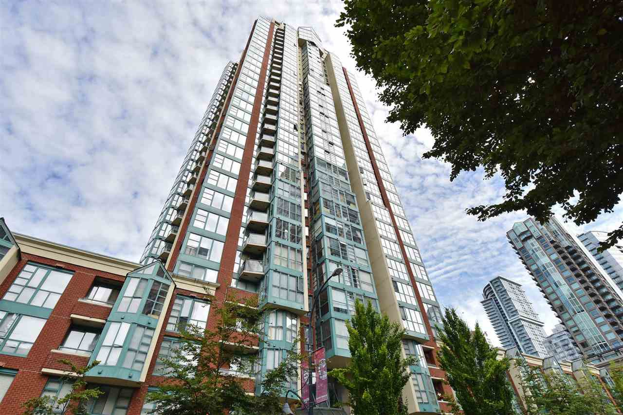 "Main Photo: 706 939 HOMER Street in Vancouver: Yaletown Condo for sale in ""Pinnacle"" (Vancouver West)  : MLS®# R2082268"