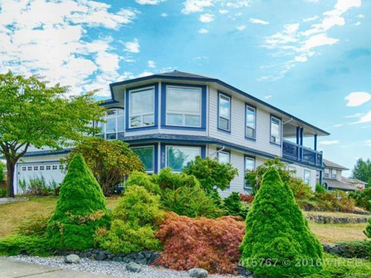 Main Photo: 355 Stratford Dr in CAMPBELL RIVER: CR Campbell River Central House for sale (Campbell River)  : MLS®# 743785