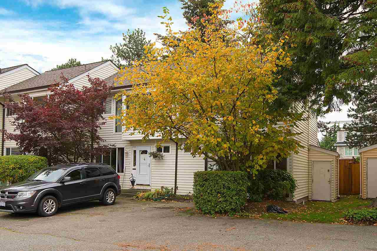 """Main Photo: 5 9320 128 Street in Surrey: Queen Mary Park Surrey Townhouse for sale in """"SURREY MEADOWS"""" : MLS®# R2120073"""