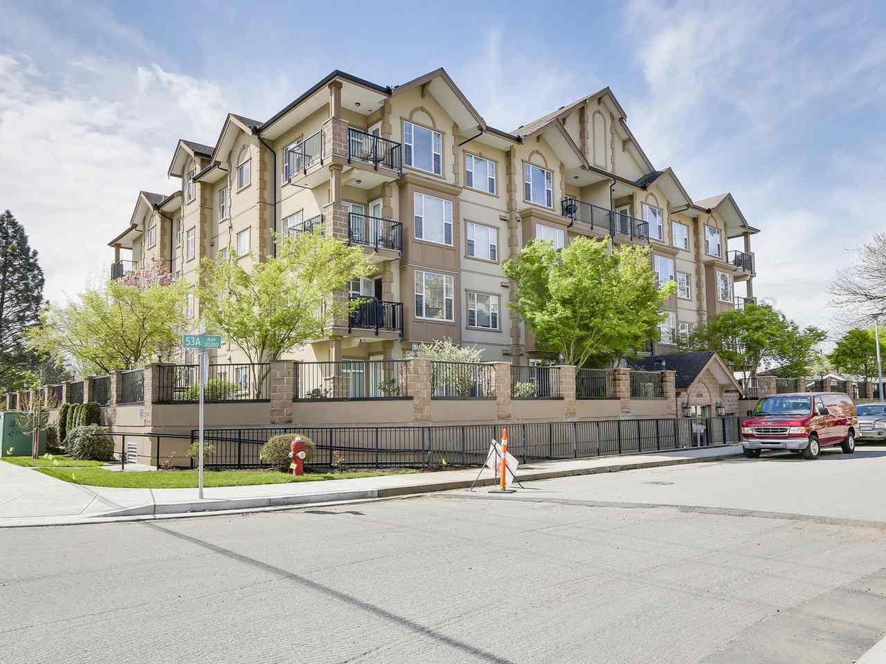 """Main Photo: 306 20286 53A Avenue in Langley: Langley City Condo for sale in """"CASA VERONA"""" : MLS®# R2158193"""