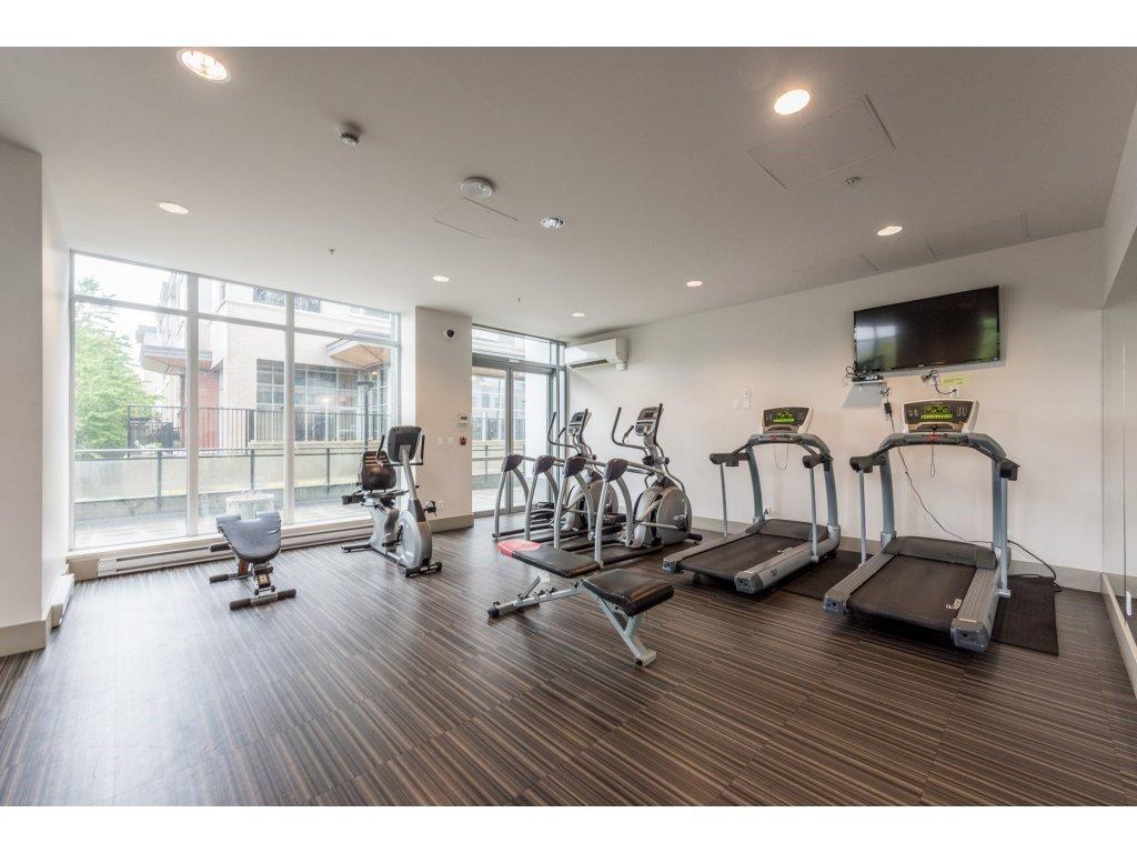 "Photo 17: Photos: 1512 13325 102A Avenue in Surrey: Whalley Condo for sale in ""Ultra"" (North Surrey)  : MLS®# R2161749"