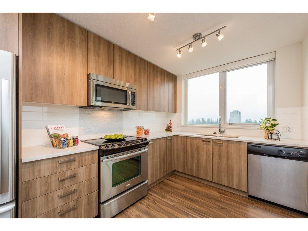 "Photo 8: Photos: 1512 13325 102A Avenue in Surrey: Whalley Condo for sale in ""Ultra"" (North Surrey)  : MLS®# R2161749"
