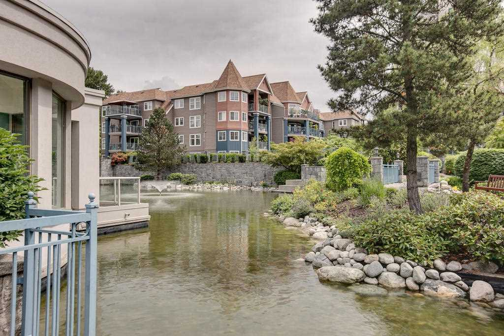 """Photo 18: Photos: 102 3070 GUILDFORD Way in Coquitlam: North Coquitlam Condo for sale in """"LAKESIDE TERRACE """"THE TOWER"""""""" : MLS®# R2163142"""