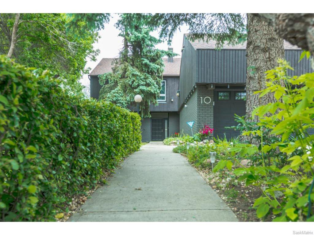 Main Photo: 10 MCNIVEN PLACE in Regina: Single Family Dwelling for sale : MLS®# 614136