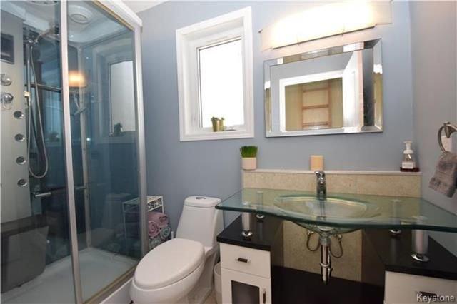 Photo 15: Photos: 297 Knowles Avenue in Winnipeg: North Kildonan Residential for sale (3G)  : MLS®# 1809527