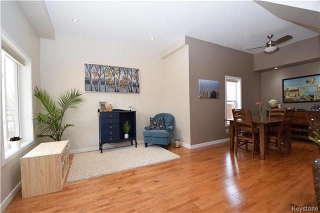 Photo 4: Photos: 297 Knowles Avenue in Winnipeg: North Kildonan Residential for sale (3G)  : MLS®# 1809527