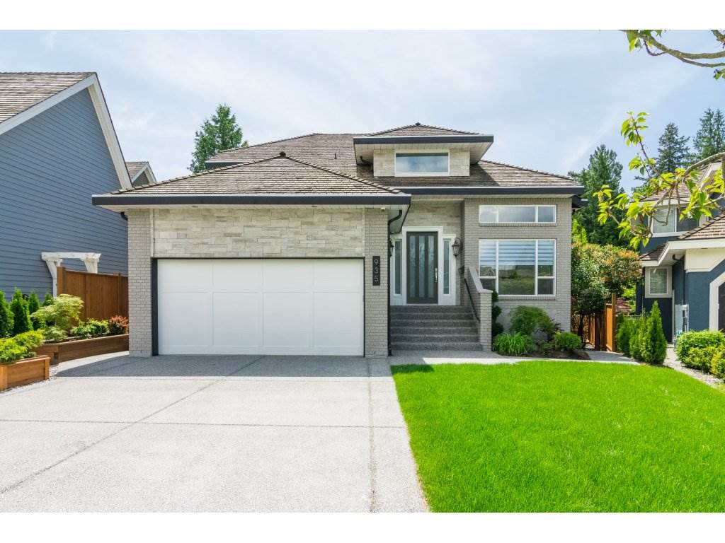 Main Photo: 935 163 Street in Surrey: King George Corridor House for sale (South Surrey White Rock)  : MLS®# R2272002