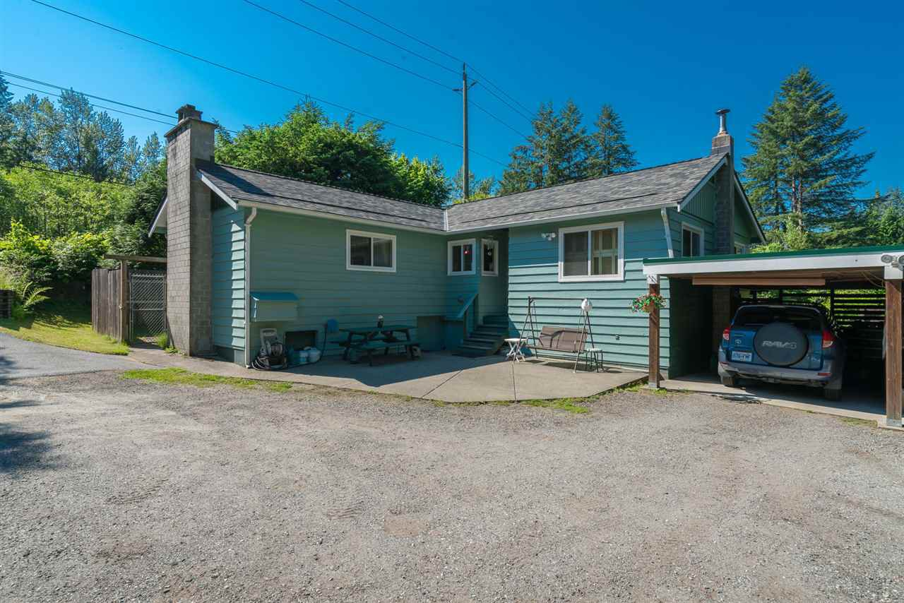 "Photo 2: Photos: 9028 HAYWARD Street in Mission: Mission-West House for sale in ""SILVERDALE"" : MLS®# R2280342"